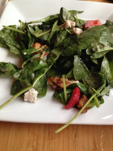 Marigny Strawberry Bluecheese walnut salad